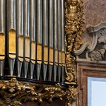 Daily pipe organ concerts